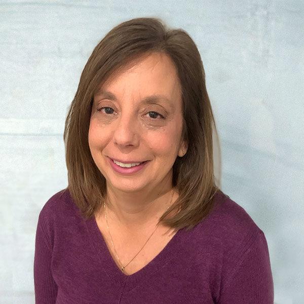 Janet Nafash Accounting Manager TradeTrans Corporation